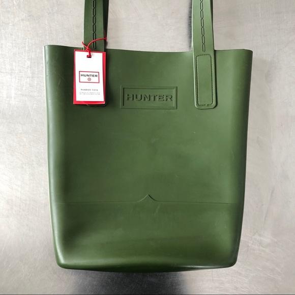 8ed0a72431 NWT Hunter Rubber Tote Bag NWT